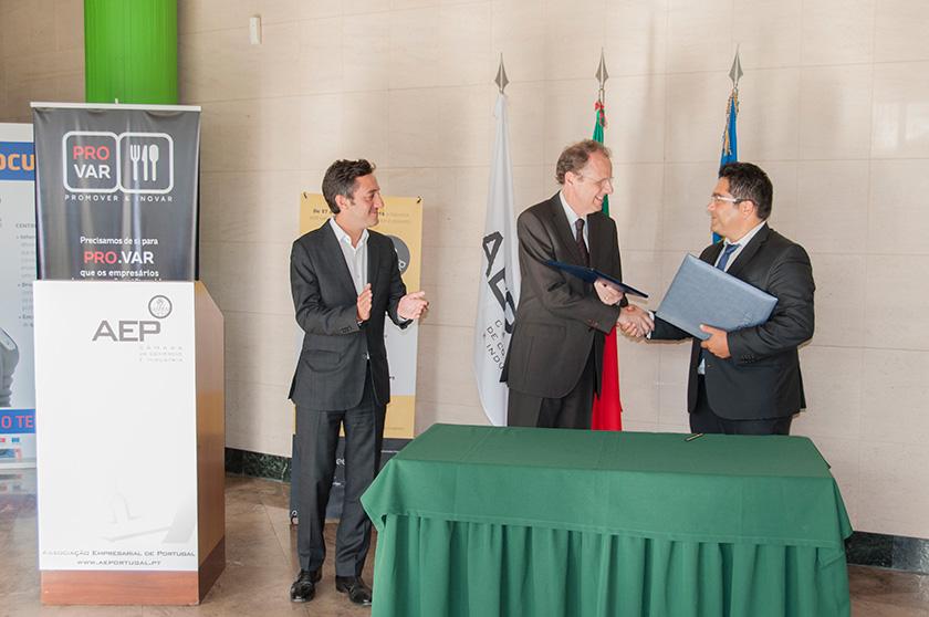 Assinatura do Protocolo entre a AEP e a PRO.VAR